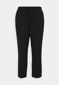 Vero Moda Curve - VMASTIMILO ANKLE PANTS - Stoffhose - black