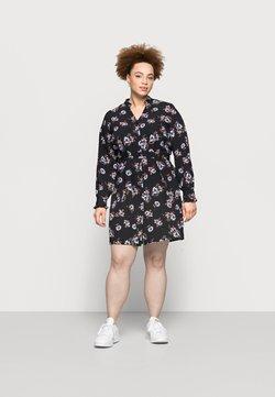 Pieces Curve - PCLUNILLA SHIRT DRESS - Blusenkleid - black
