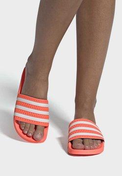 adidas Originals - ADILETTE  - Sandaler - seflor/ftwwht/seflor