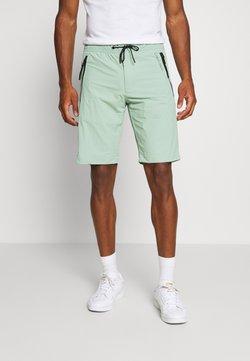Calvin Klein - REGULAR FIT CRINKLE - Jogginghose - green