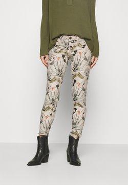 Freeman T. Porter - ALEXA CROPPED COLIBRI - Spodnie materiałowe - original