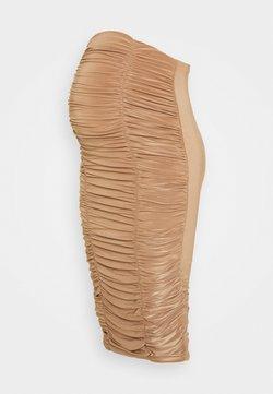 Missguided Maternity - RUCHED FRONT SLINKY SKIRT - Falda de tubo - camel