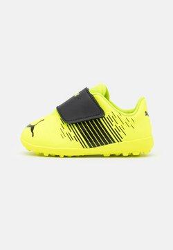 Puma - FUTURE Z 4.1 TT V UNISEX - Astro turf trainers - yellow alert/black/white