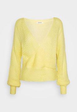 Glamorous - V NECK JUMPER - Trui - yellow
