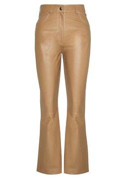 Rika - LEO PANTS - Pantalon en cuir - khaki