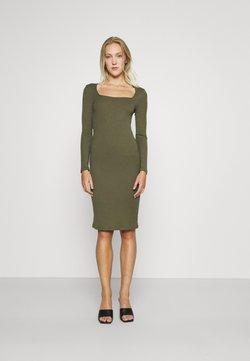 Vero Moda - VMPOLLY SQUARE NECK DRESS - Fodralklänning - ivy green
