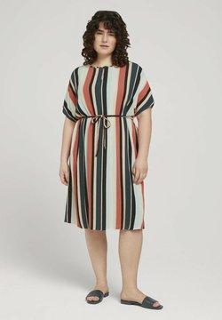 MY TRUE ME TOM TAILOR - DRESS KEYHOLE NECKLINE BELTED - Freizeitkleid - multicolor sahara
