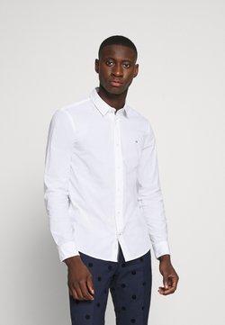 Calvin Klein - SLIM FIT - Camicia elegante - white