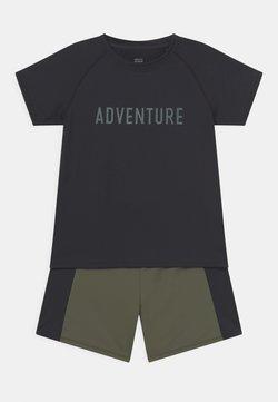 South Beach - SLOGAN ACTIVE SET UNISEX - T-shirt z nadrukiem - black