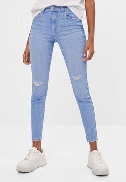 Bershka - MIT HOHEM BUND  - Jeans Skinny Fit - light blue