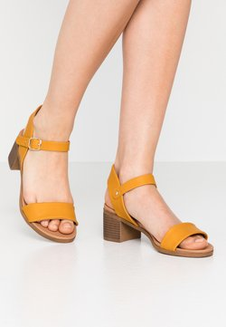 New Look - PLATYPUS - Sandales - mid yellow