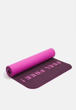 Etam - YOGA MAT - Fitness / Yoga - cassis