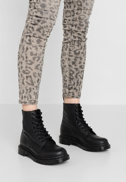 Dr. Martens - 1460 PASCAL MONO 8 EYE BOOT - Bottines à lacets - black virginia