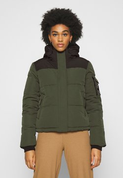Superdry - QUILTED EVEREST JACKET - Winterjacke - army khaki