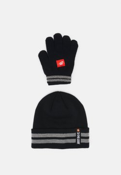 Nike Sportswear - NAN JDI BEANIE GLOVE SET UNISEX - Pipo - black