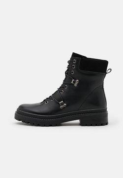Vero Moda - VMMERA BOOT - Schnürstiefelette - black