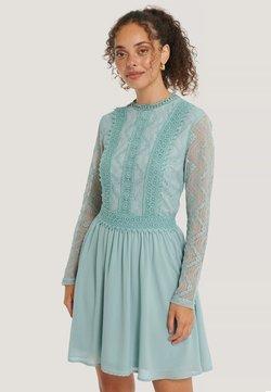 NA-KD - Cocktailkleid/festliches Kleid - pastel blue
