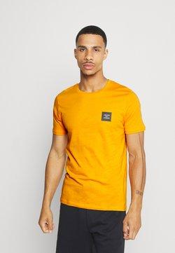 Jack & Jones - JCOJAY TEE CREW  NECK - T-paita - golden orange