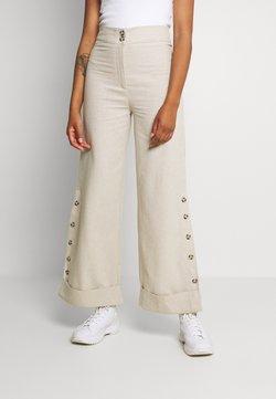 Trendyol - BEYAZ - Trousers - white