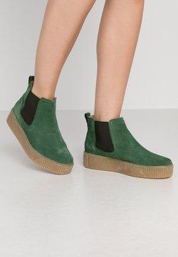 Tamaris - Ankle Boot - jungle green