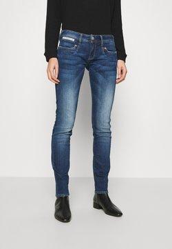 Herrlicher - PIPER  - Jeans Slim Fit - blue desire
