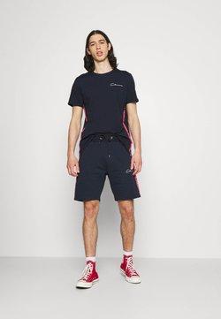 CLOSURE London - TAPED SCRIPT TEE SHORT TWINSET SET - T-Shirt print - navy