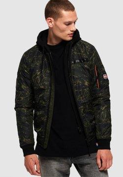 Superdry - ROOKIE FLIGHT - Winter jacket - green