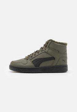 Puma - REBOUND LAYUP UNISEX - Sneaker high - forest night/black