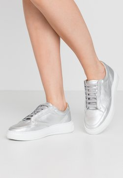 Royal RepubliQ - COSMOS MISSION DERBY SHOE - Sneakers - silver
