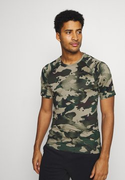 Nike Performance - SLIM CAMO - T-Shirt print - galactic jade/baroque brown