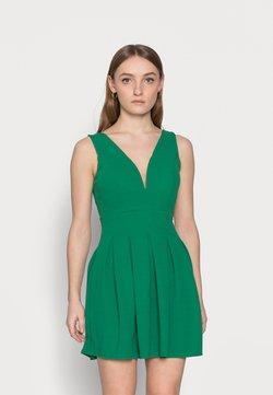 WAL G PETITE - Vestido informal - leaf green