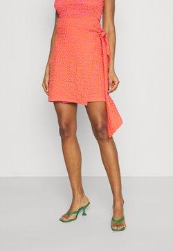 Never Fully Dressed - GINGHAM MINI JASPRE - Wickelrock - orange