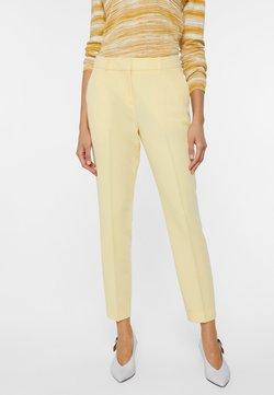 WE Fashion - Chinot - light yellow
