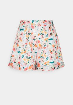 Molly Bracken - LADIES - Shorts - kent white