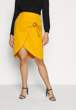 Simply Be - WRAP MIDI SKIRT WITH BUCKLE DETAIL - Bleistiftrock - saffron