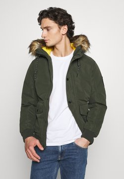 Jack & Jones - JJSKY JACKET - Winterjacke - forest night