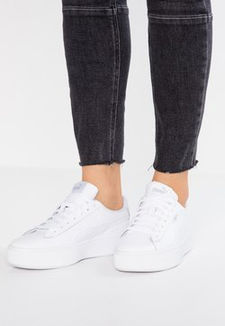 Puma - VIKKY STACKED - Matalavartiset tennarit - white