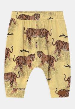 Walkiddy - BAGGY TIGERS UNISEX - Broek - yellow