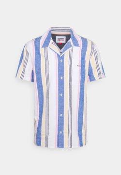 Tommy Jeans - CAMP SHIRT - Hemd - purple