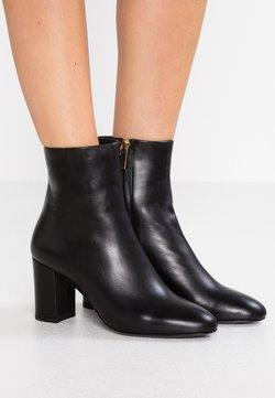 Filippa K - MIRANDA HIGH BOOTIE - Stiefelette - black