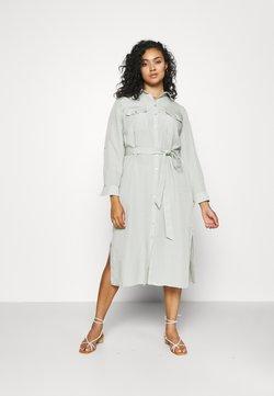 Forever New Curve - CARLIE CURVE MIDI SHIRT DRESS - Vestido camisero - soft sage
