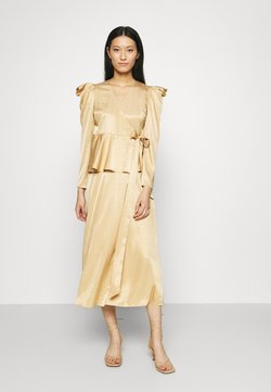 Who What Wear - BELTED PEPLUM DRESS - Cocktailkleid/festliches Kleid - toffee