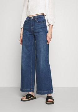 Tomorrow - KERSEE DARK IOWA - Jeans a zampa - denim blue