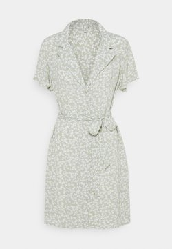 Nly by Nelly - EVERYDAY DRESS - Vestido camisero - green floral