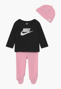 Nike Sportswear - NIKE SET - Mütze - pink