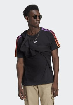 adidas Originals - SPORT 3 STRIPE COLLECTION ORIGINALS - T-Shirt print - black/multicolor