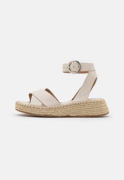 Topshop - Korkeakorkoiset sandaalit - offwhite