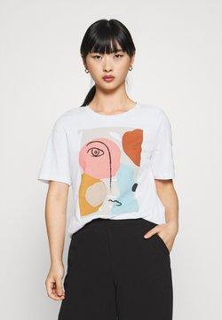 Selected Femme Petite - SLFABSTRACT FACE TEE - Camiseta estampada - bright white