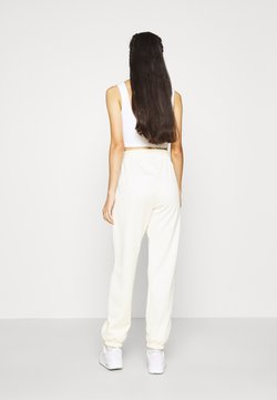 Nike Sportswear - TREND PANT - Jogginghose - coconut milk
