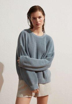 OYSHO - Strickpullover - blue-grey